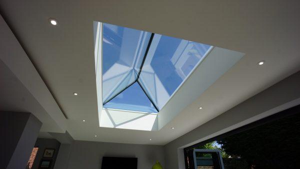 Duplus frameless roof lantern